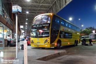 el rápido internacional - terminal mendoza - metalsur starbus - destino lima - 7039 - jik609 - mercedes benz o500rsd