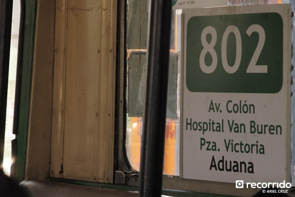 Letrero Recorrido 802 Avenida Argentina - Plaza de la Aduana; Interior Trolebús Nº814