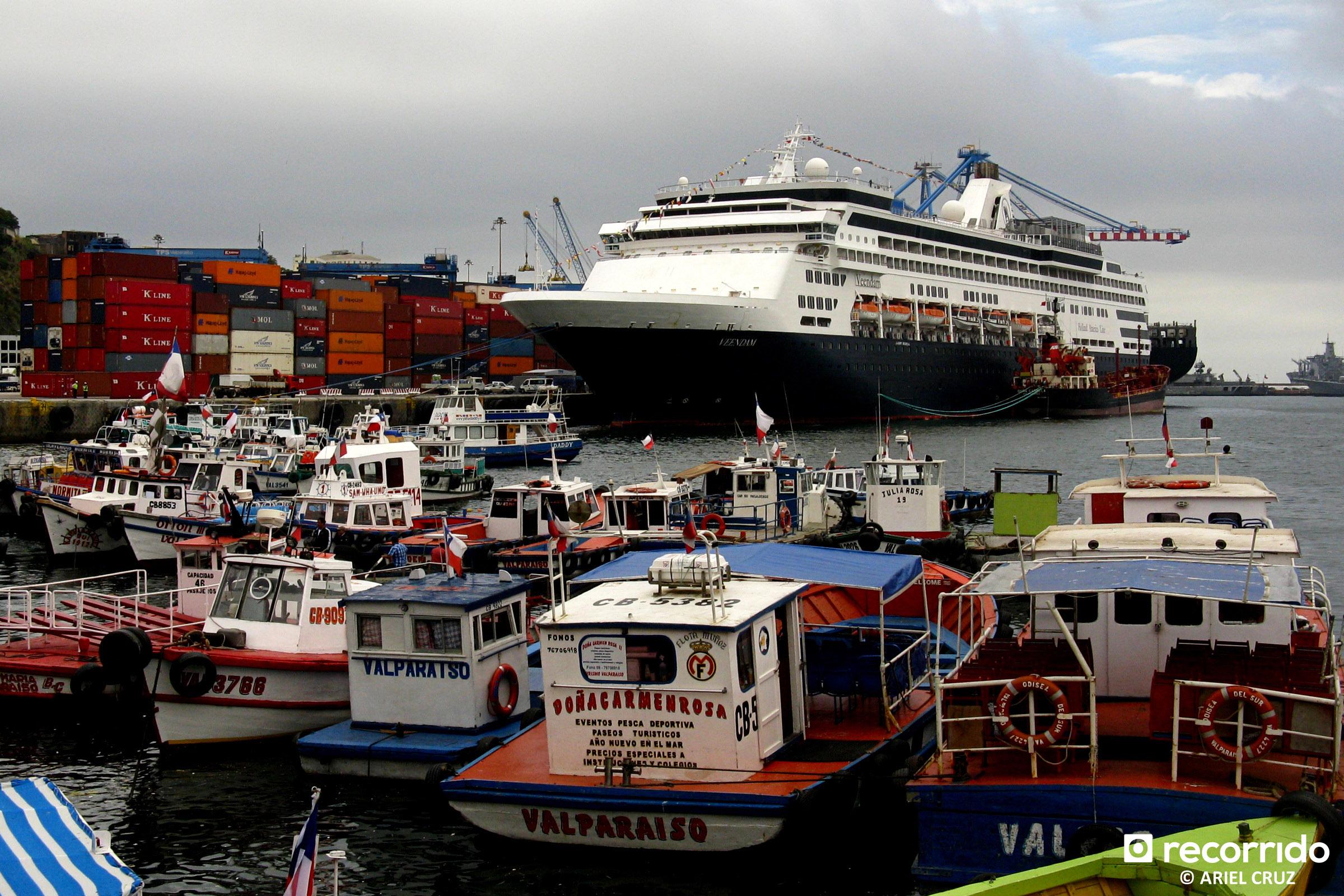 Puerto de Valparaíso y Crucero Veendam
