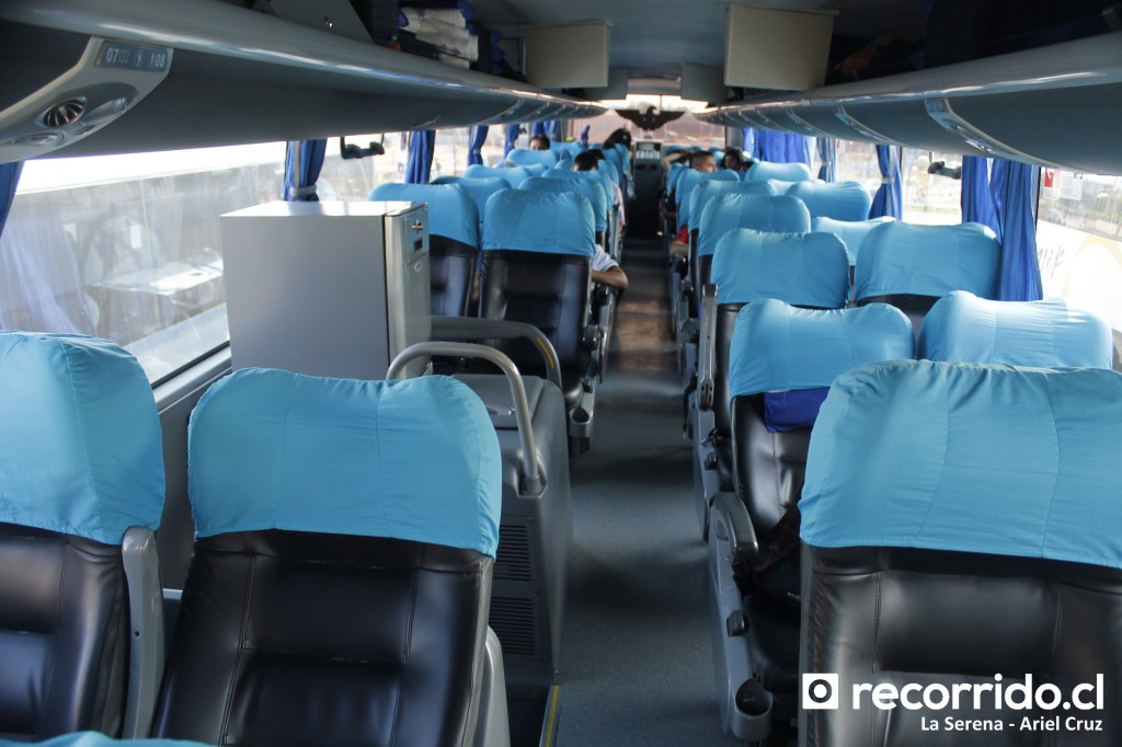 Interior de bus double decker de Ciktur en La Serena - 04.30 pm (17-02-2015)