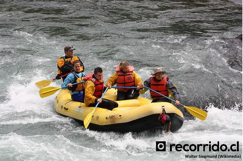 Imagen referencial de Rafting