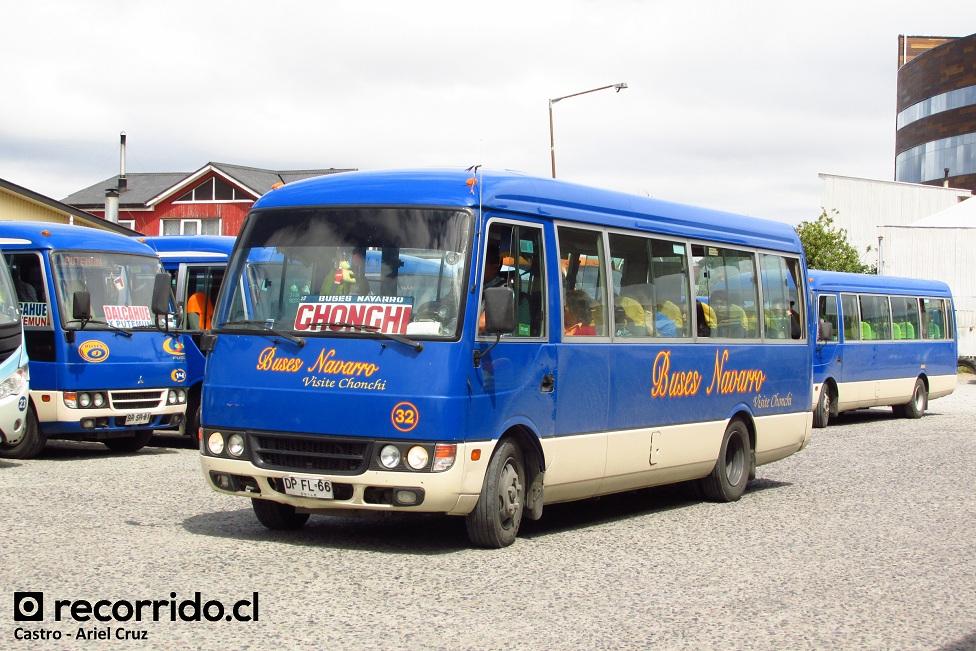 dpfl66 - buses navarro - mitsubishi fuso rosa - castro