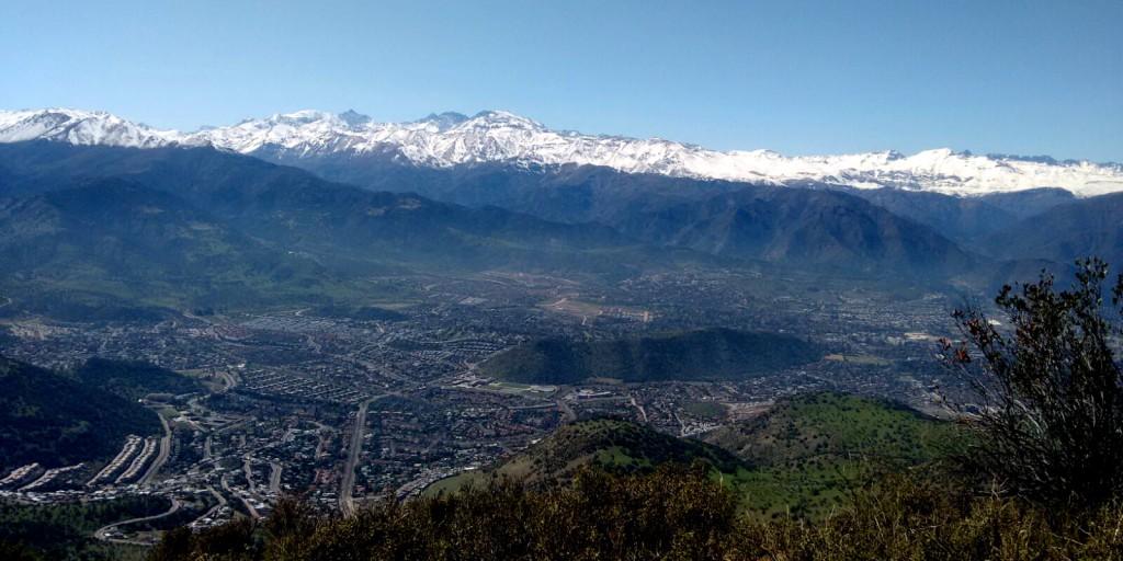 Cerro Manquehue, Vista Santiago de día