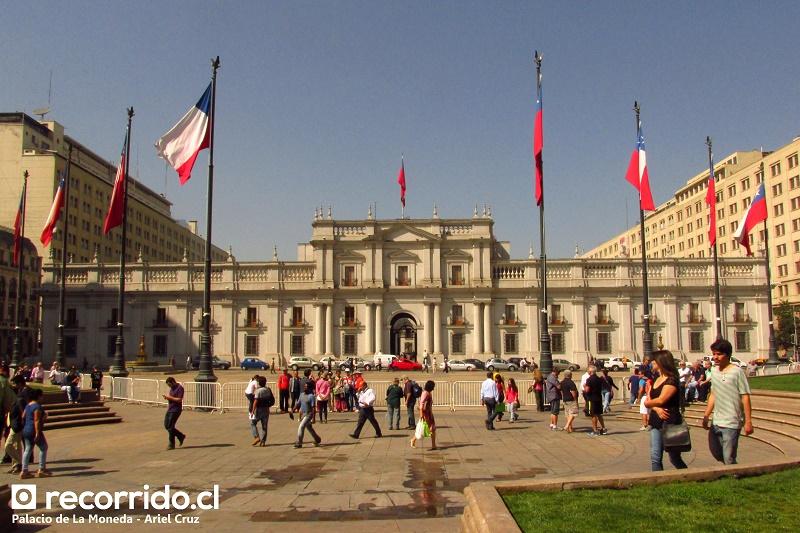 Palacio de La Moneda en tour Santiago paso a paso