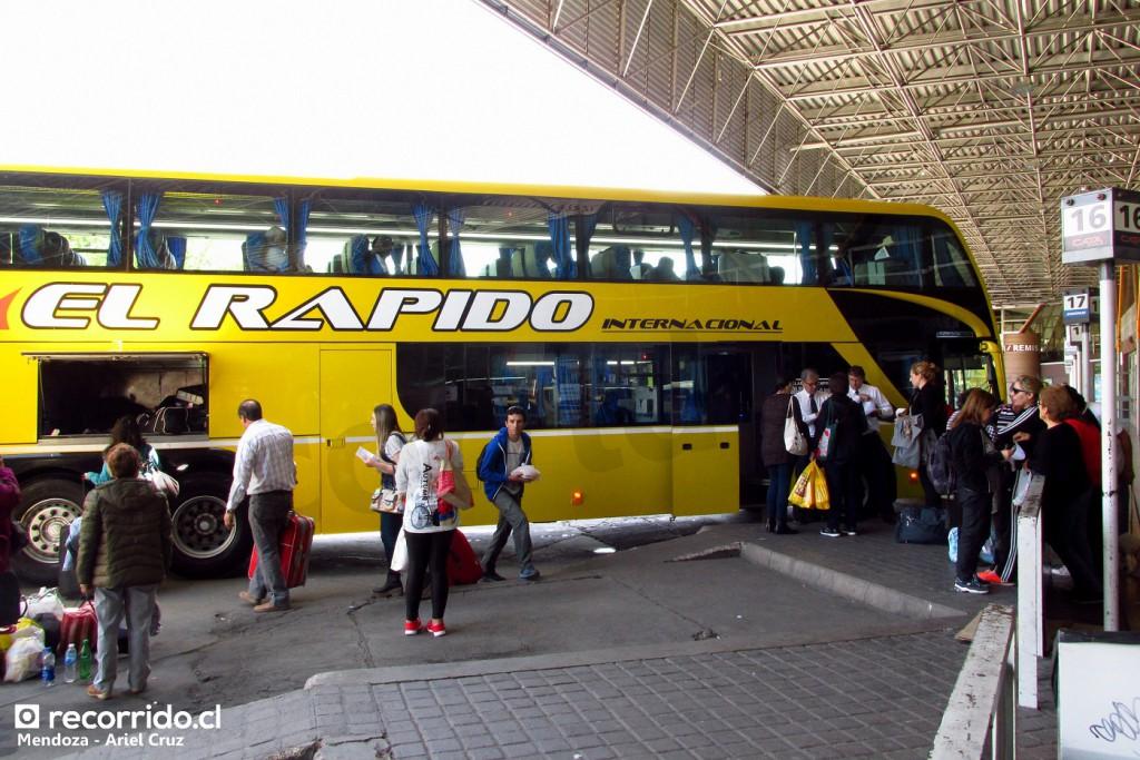 el rápido internacional - metalsur starbus - 7051 - terminal mendoza - scania - oxg591 - salida santiago chile